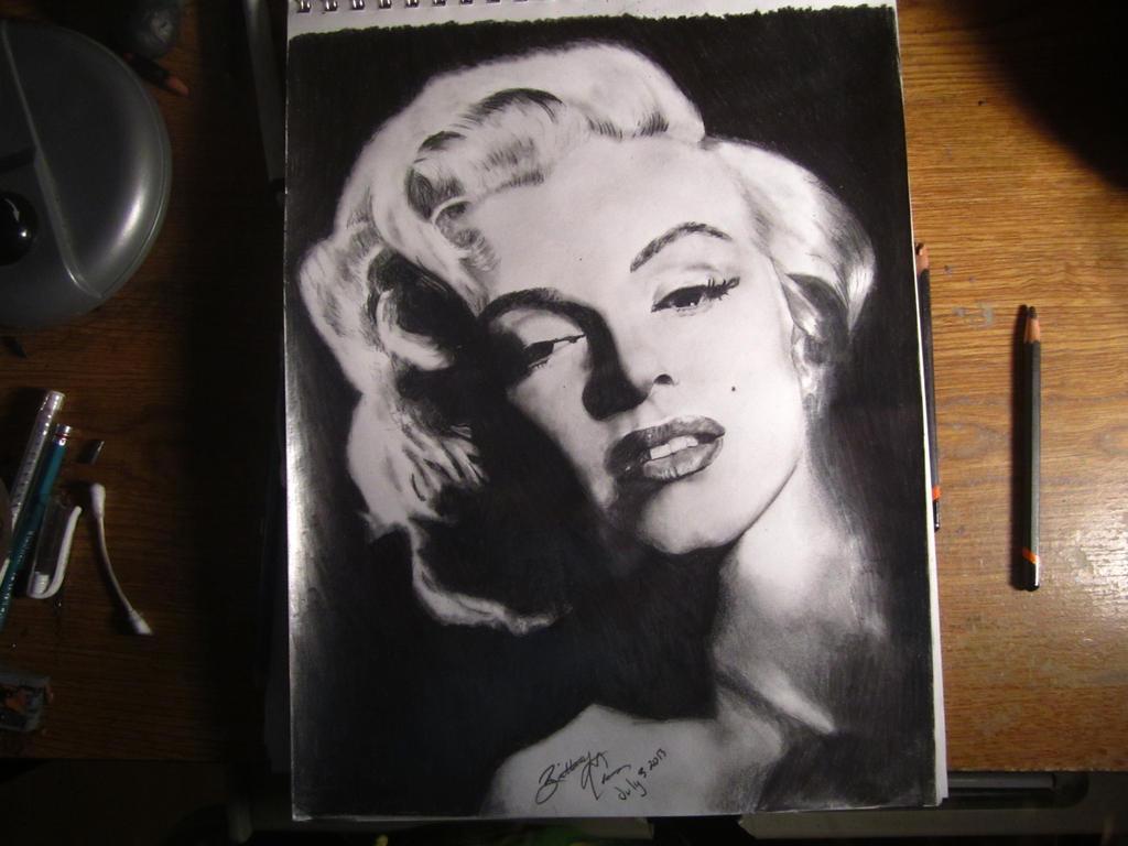 Marilyn Monroe by BrittanyAnnxOx