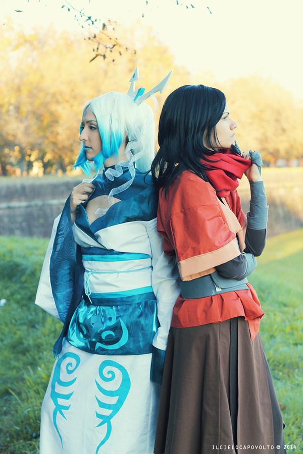 Legend of Korra cosplay: Raava and Avatar Wan I by Adurnah