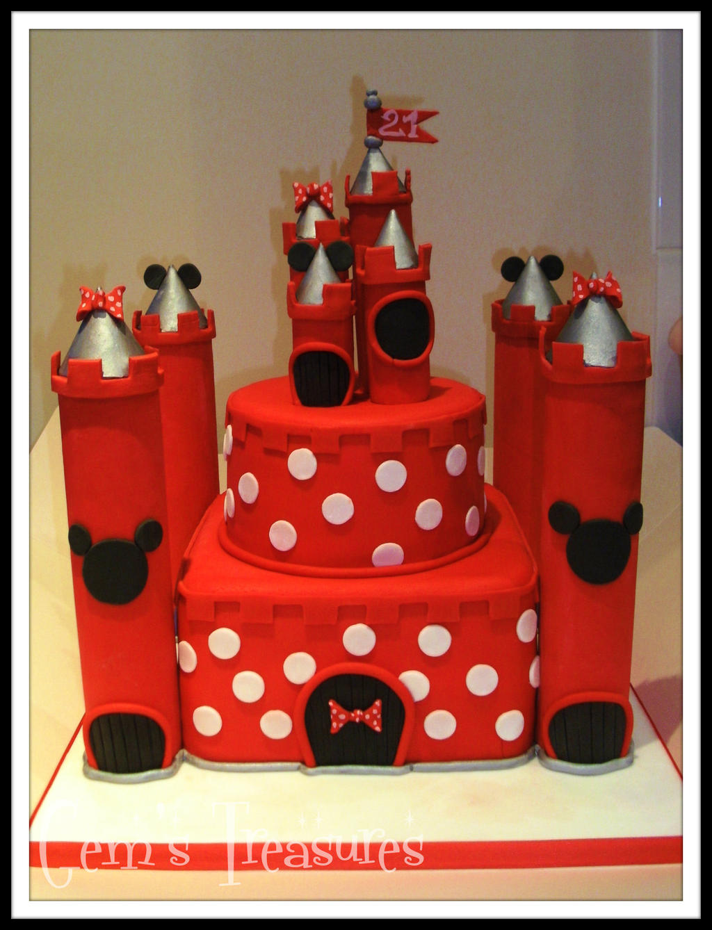 minnie mouse castle cakegertygetsgangster on deviantart