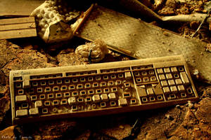Forgotten keyboard by Furuchi666