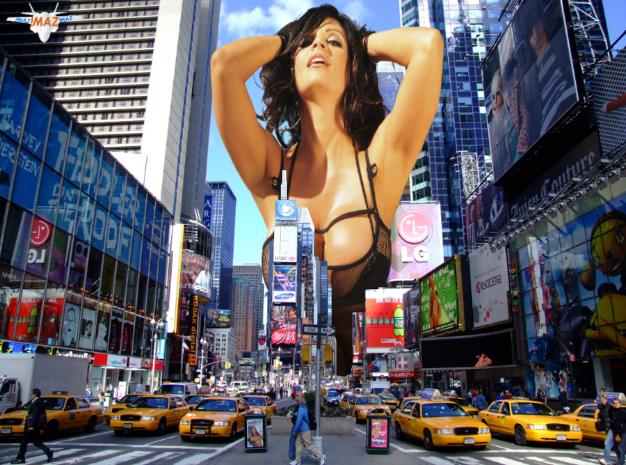 Giantess Denise Milani in New York by MAZ-629999