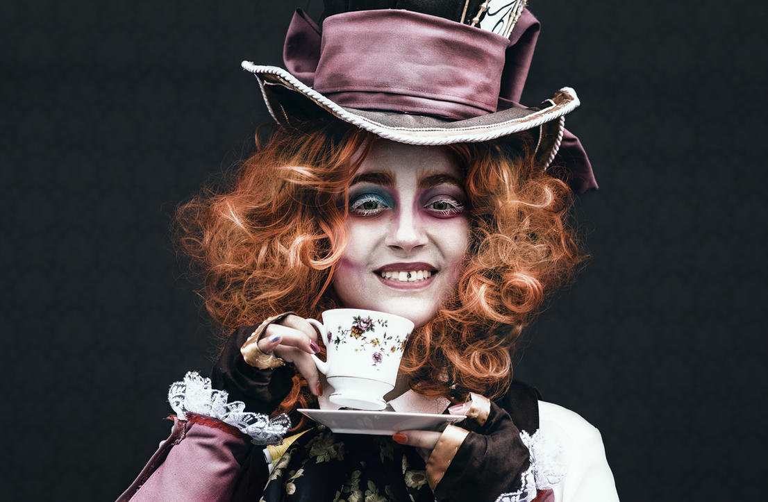 Mad Hatter by akaLilu