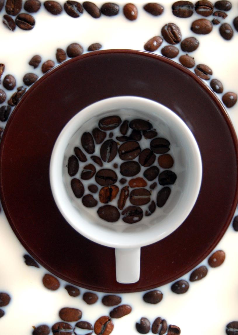 najromanticnija soljica za kafu...caj - Page 5 Milchkaffee_by_meditatio-d3iz0jl