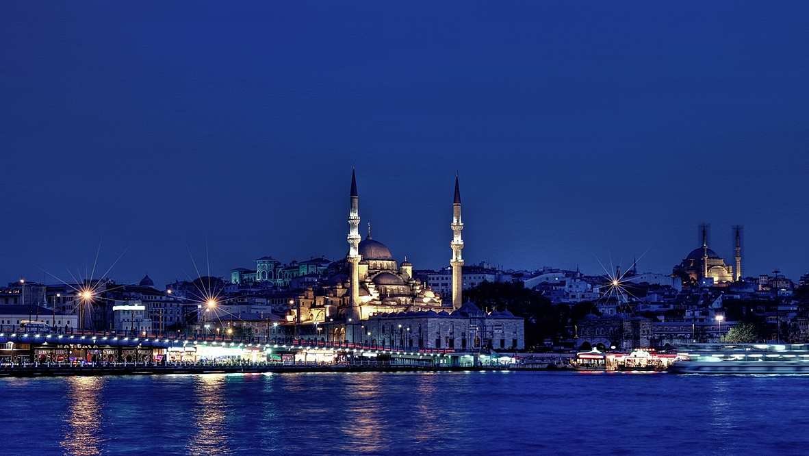 ...Istanbul Night... by erhansasmaz