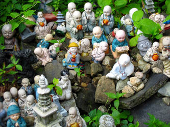 Bountiful Buddhas by jamesleeisbuff
