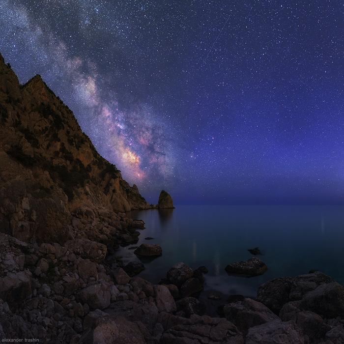 Sailing At Night by Trashins