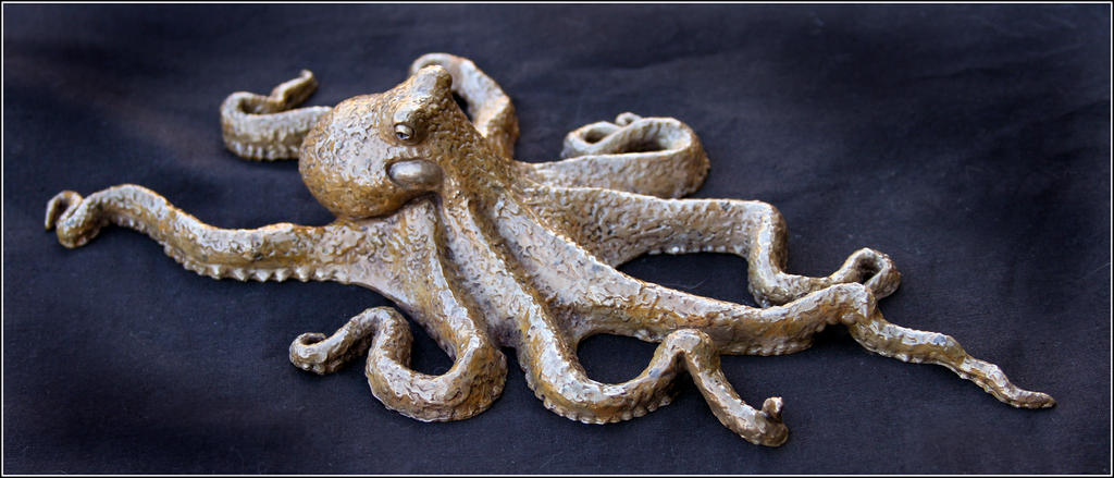 Octopus bronze2 by RandyHand