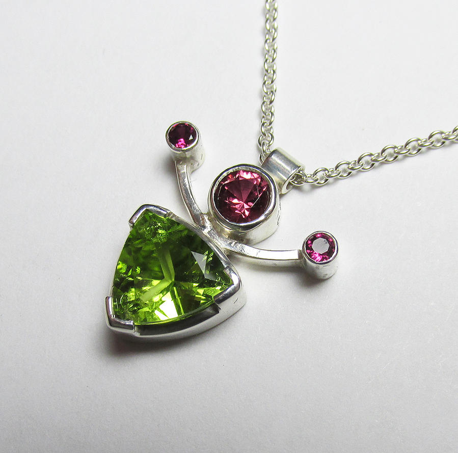 Peridot and Rhodolite Garnet Pendant by Utinni