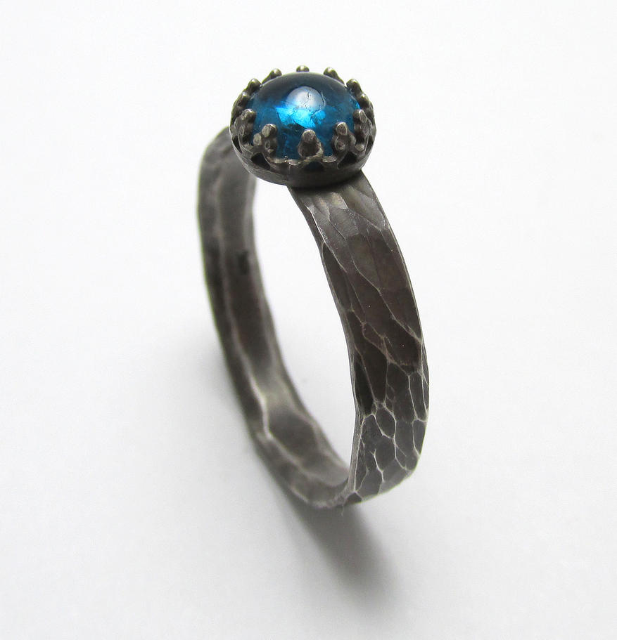 Neon Apatite Sterling Silver Ring by Utinni