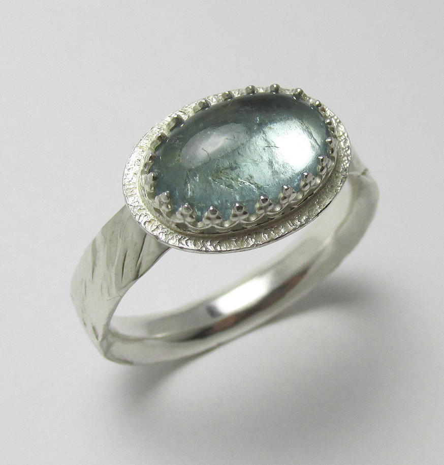 Aquamarine 2.55ct ring by Utinni