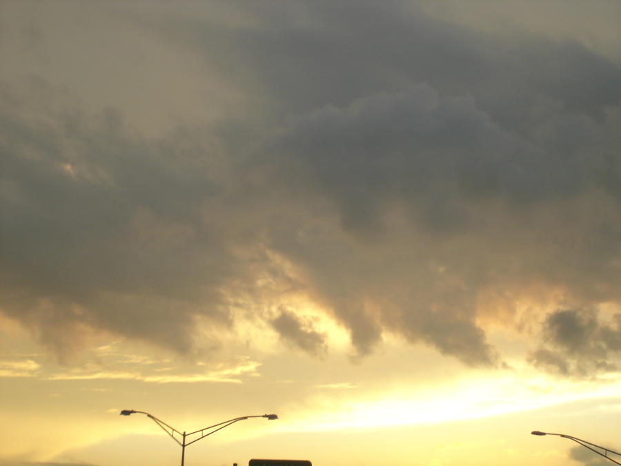 Sunrise by Crazygoblin21