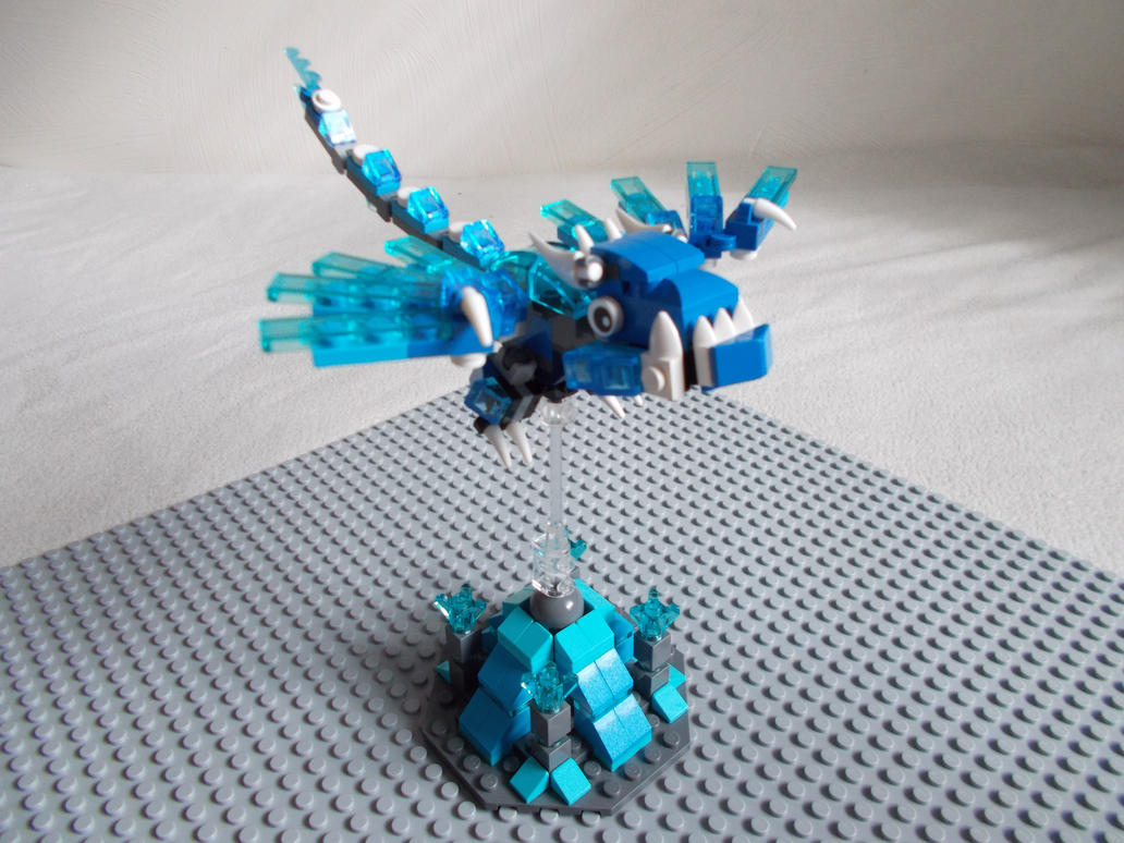 Baby Ice Dragon Plus Prop Stand by DanteZX