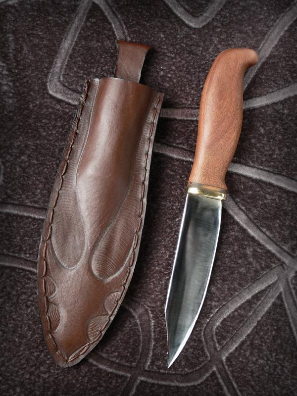 A Fighting Knife by Rajala