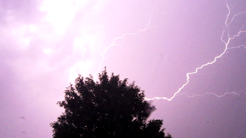 Lightning2_by_Amaunet85.png