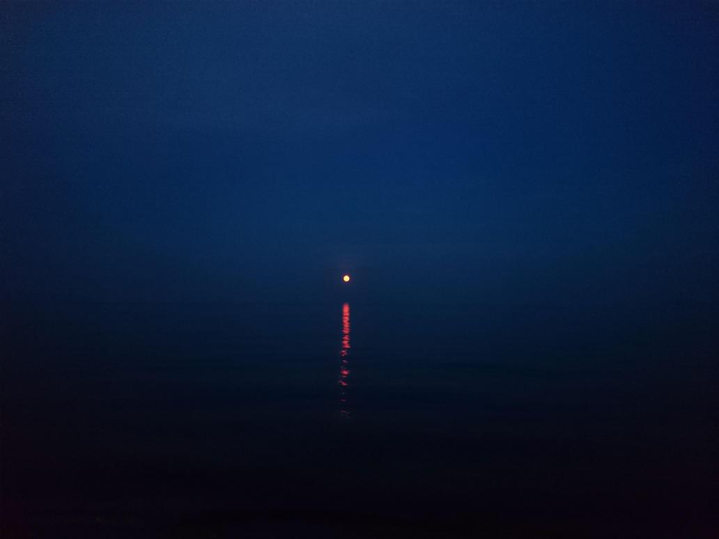 Silence by GothxLuciole