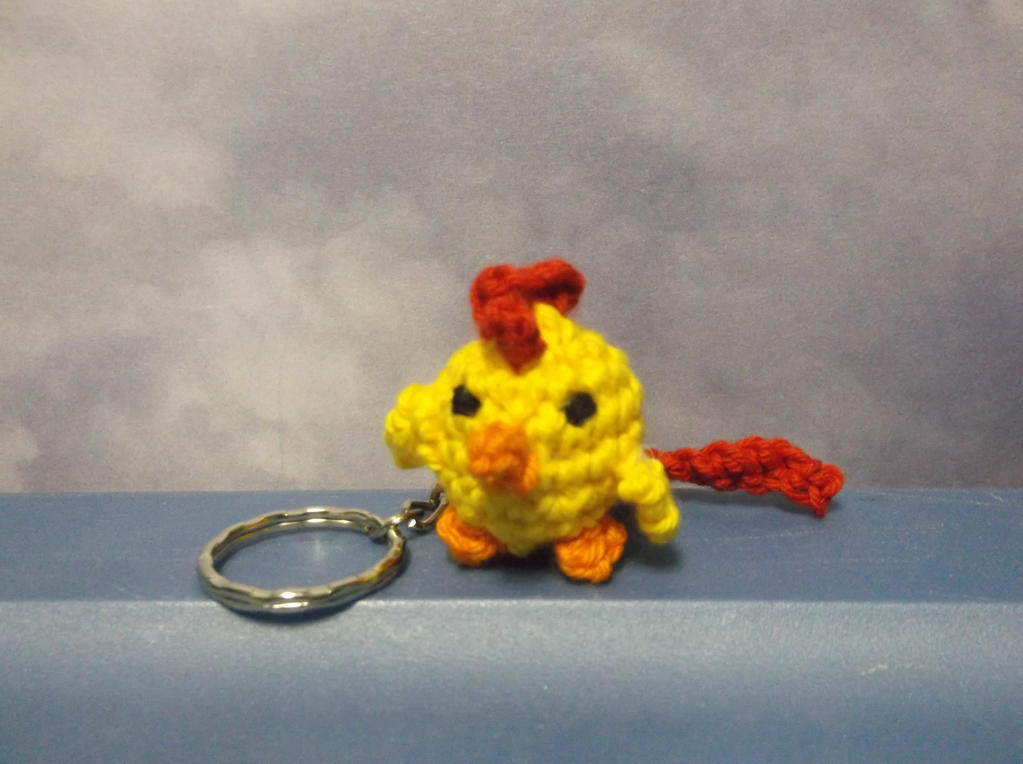 PDF pattern of a crochet animals keychain in the form of a sloth ... | 764x1023