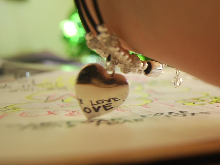 Za poeziju - Page 2 Keep_on_searching_by_xxkibaxhousexelfxx-d2xn6lj