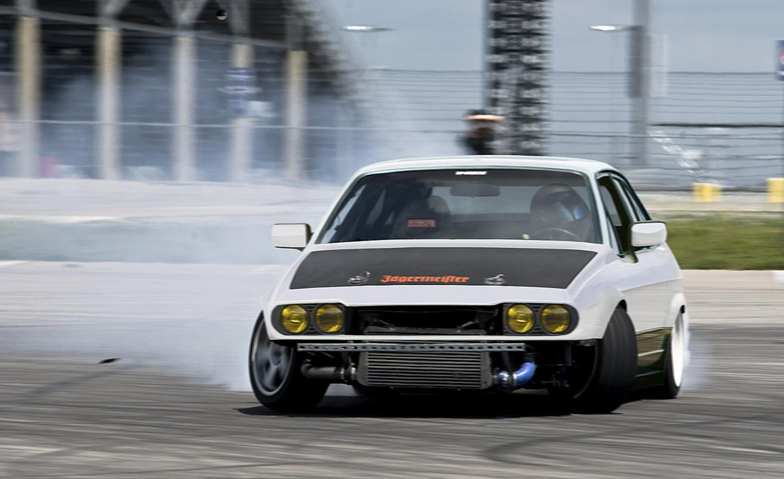Alfa Romeo GTV6 Drift by