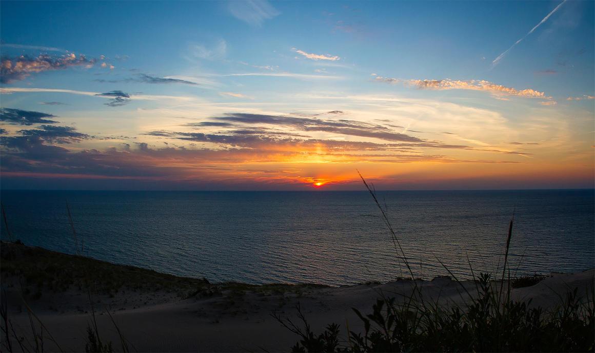 Sleeping bear dunes, Michigan by Dullface