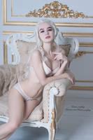Daenerys Targaryen by Kanra_cosplay by Kanra-sama