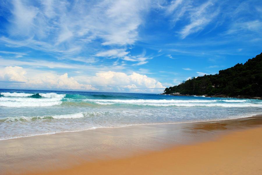 Karon Beach Phuket Thailand by alkhanjari