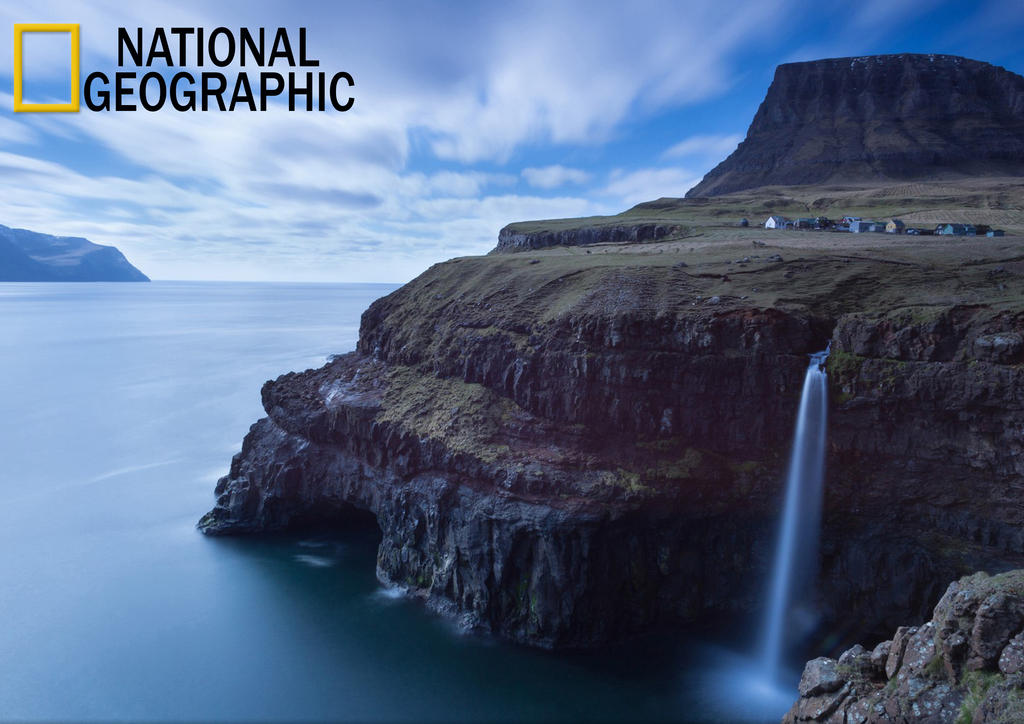 National geographic logo design reproduction work by for Design reproduktion
