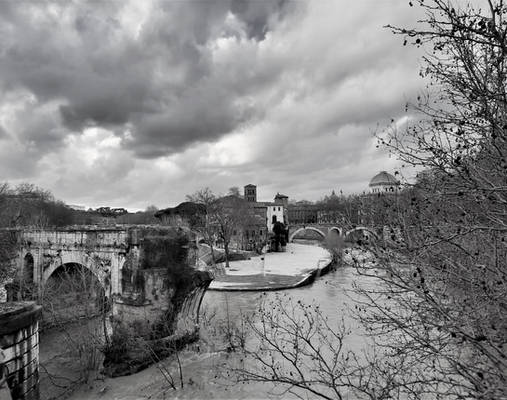 Roman Walks - Crossing the river on a cloudy day