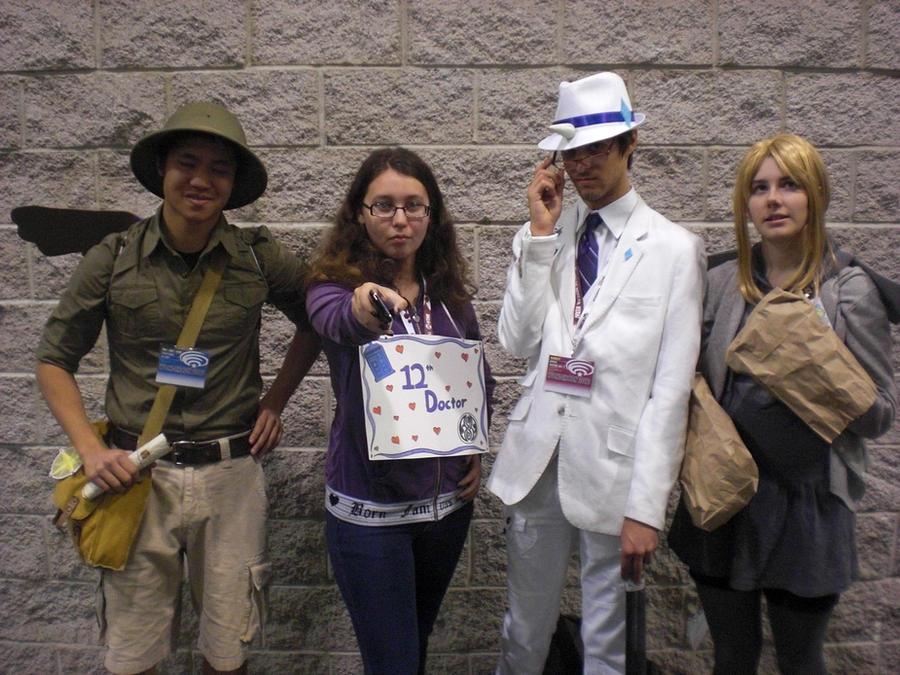 Doctor meets ponies by Mysticalblackangel