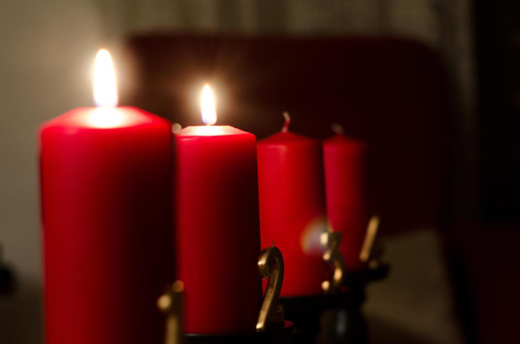 Advent, Advent, a little light burns, then 2 by LegoRJ35