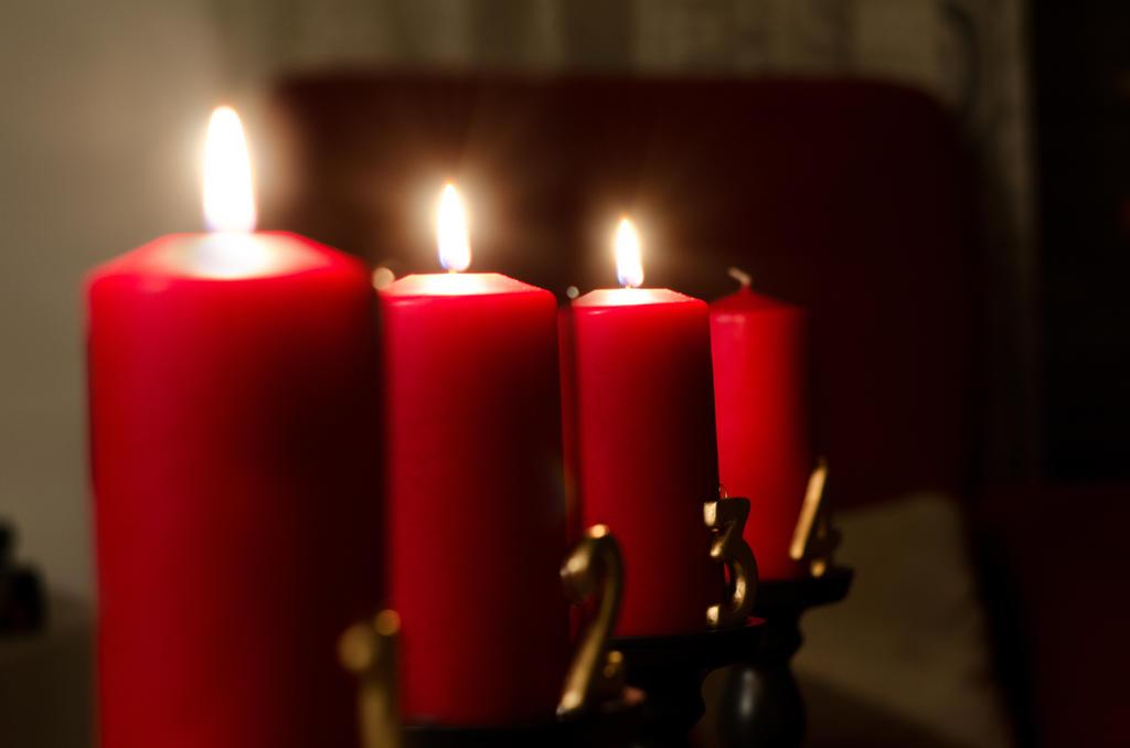 Advent, Advent, a little light burns, then 3 by LegoRJ35