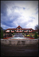 Gedung Utama Taman Bunga by RoyWicaksono