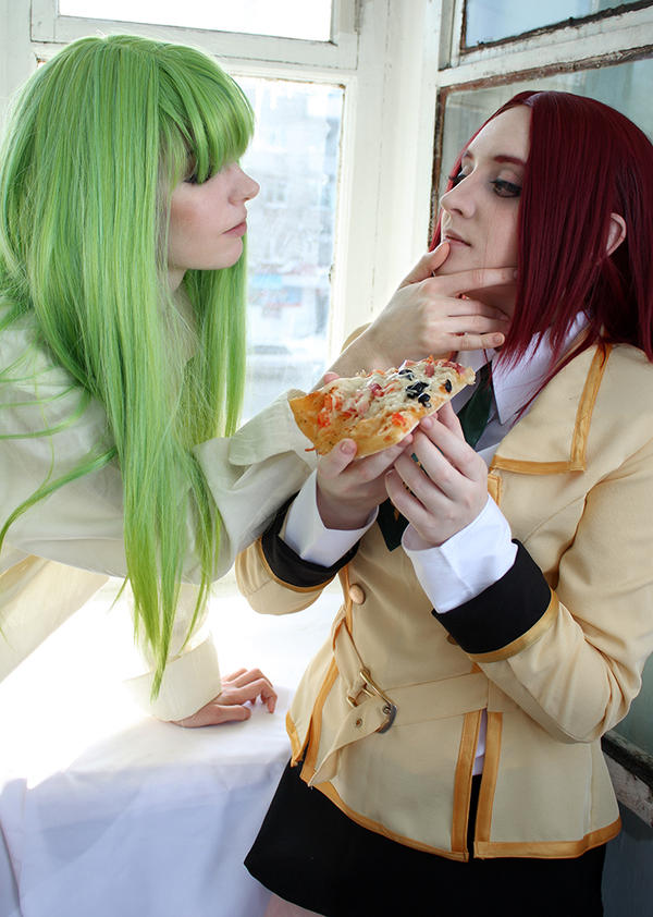 Code Geass:pizza, mmm? by Ashitaro