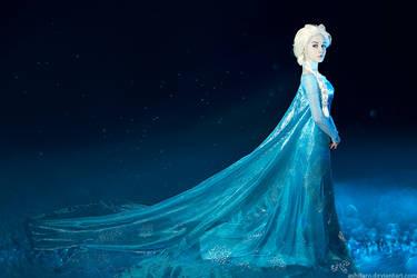 Frozen cosplay - Elsa by Ashitaro