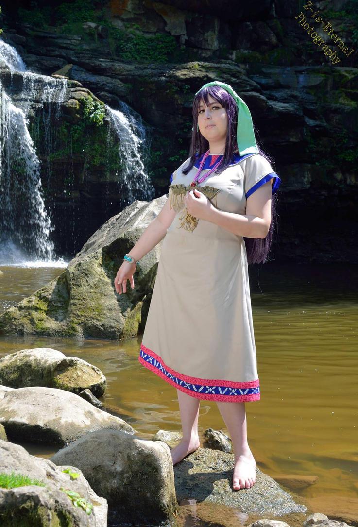 The Priestess by UsagiNoSenshi