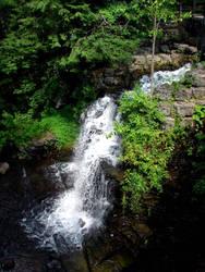 Waterfallen by creatrix