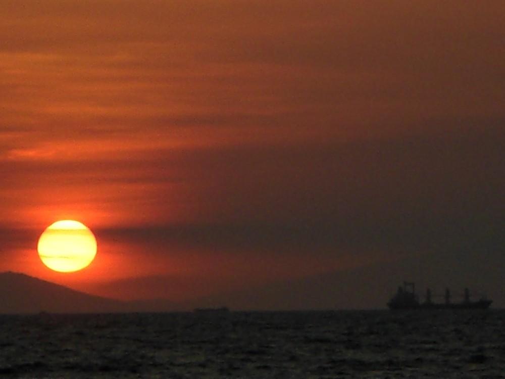 Orange Sun II by bloodyblue