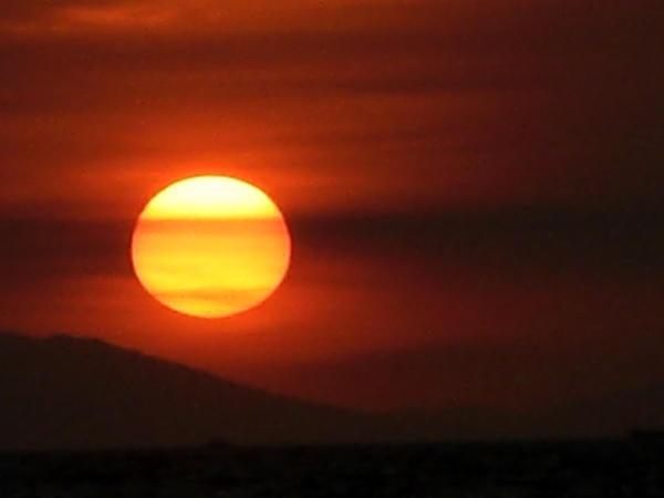 Orange Sun III by bloodyblue