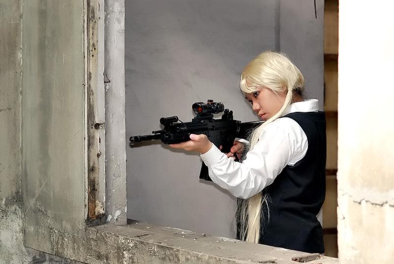 Gunslinger Girl: Triela III by bloodyblue