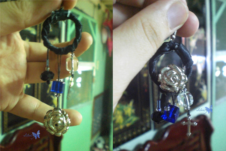 accessories: gothic earrings by bloodyblue