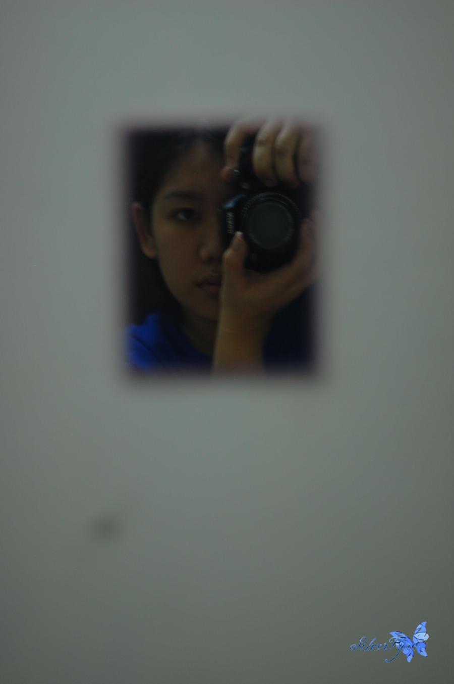 Id: Mirror by bloodyblue