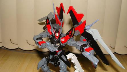 Gundam Strike Noir Custom (TekkaNoir) 1/100 MG