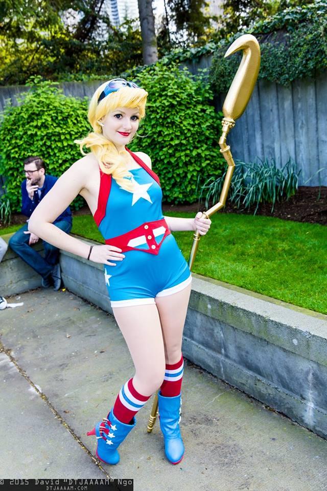 Bombshell Stargirl cosplay by vandersnark