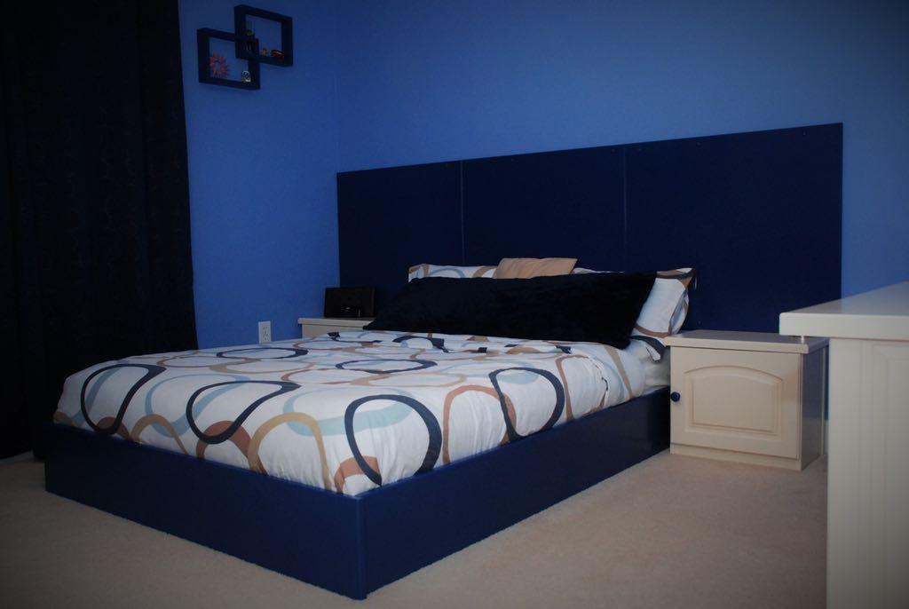 Bedroom Set in Blue by belakwood