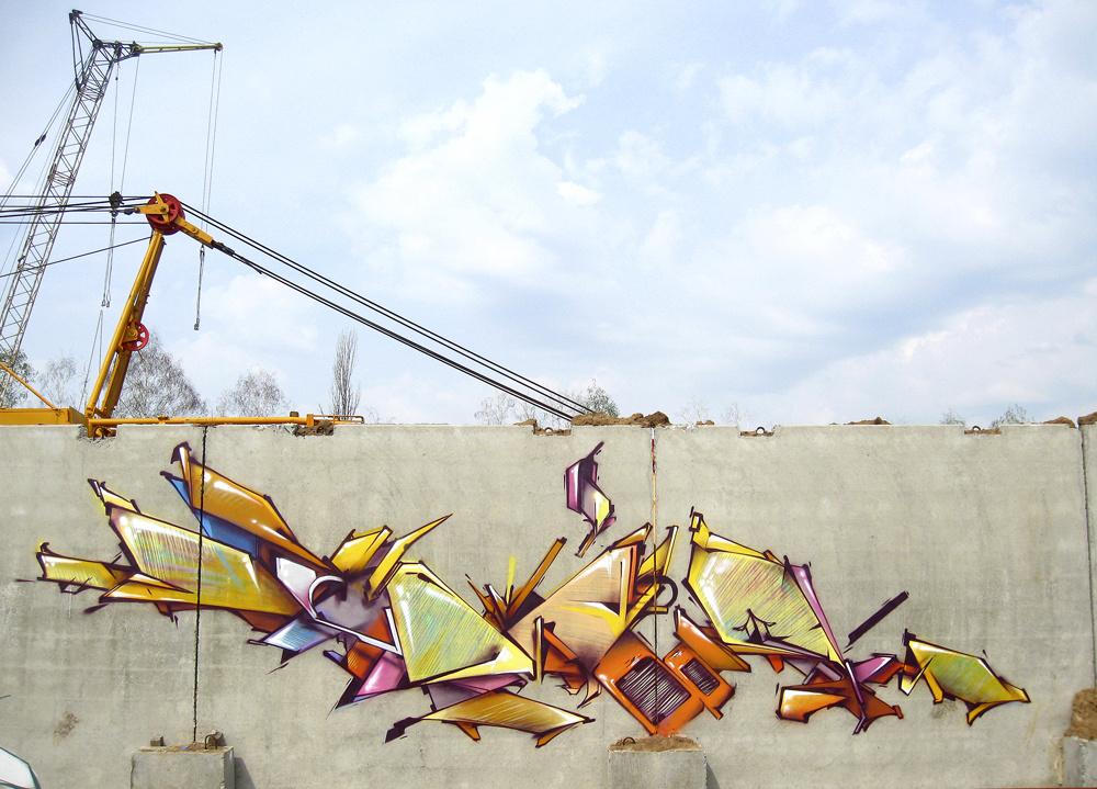 apr2012 by lik92gr