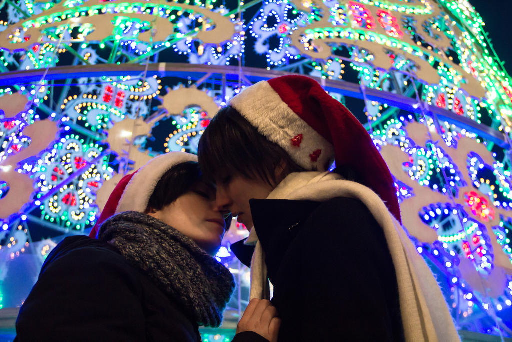 Ereri - Christmas kiss by AerithStrife90
