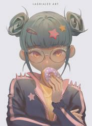 Rosa - Donut Girl
