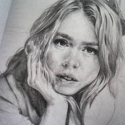 Billie Piper by ArtbyGranziera