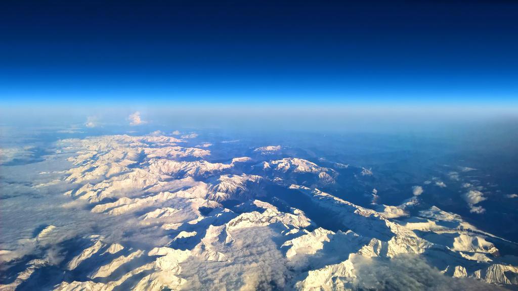 Pirineos by Ankhsethamon