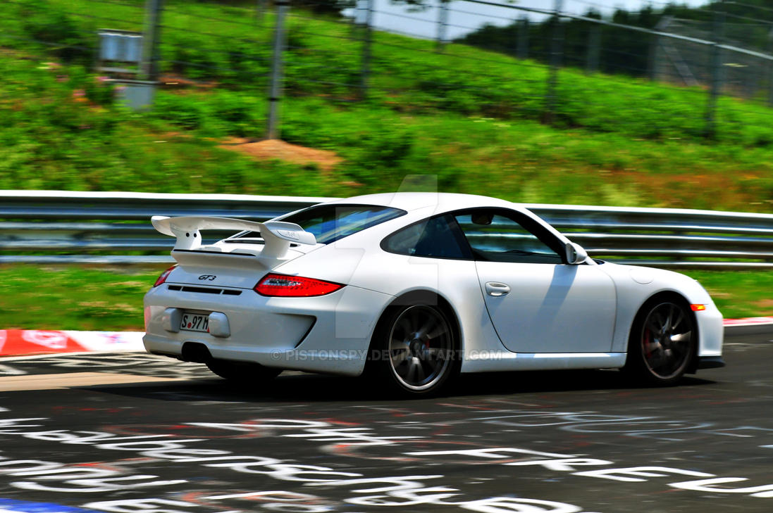 Posche-GT3-Nurburgring by Pistonspy
