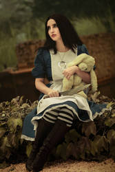 Alice: Madness Returns cosplay by MaryMustang01